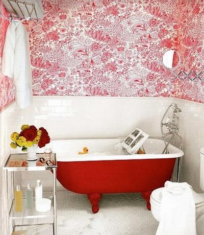 Choisir une baignoire ancienne pour sa salle de bains for Peindre une baignoire en email