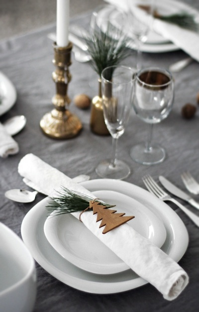 decor de table Noël simple et raffiné