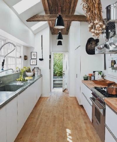Installer une cuisine parfaite dans un couloir...