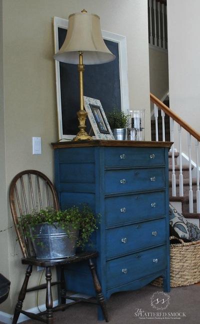peindre ses meubles en bleu exemples et id es. Black Bedroom Furniture Sets. Home Design Ideas