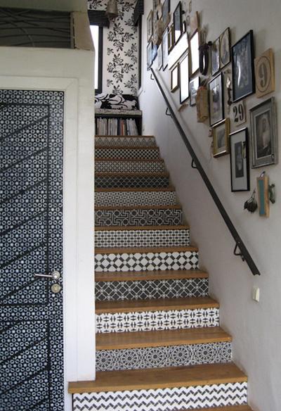 L 39 effet d coratif des contremarches peintes au pochoir - Recouvrir un escalier en carrelage ...