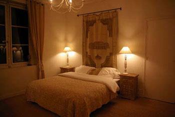 Le beige dans la d coration avantages et id es avec - Decorer une tete de lit ...