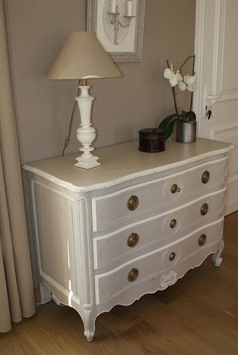 Meuble peint - Vendre ses meubles cash ...